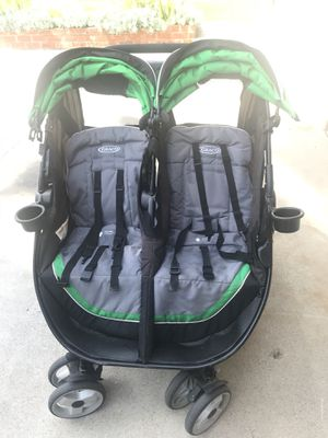 Graco double stroller for Sale in Marina del Rey, CA