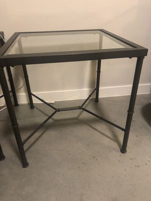 Pair of side tables (accent table / end table) for Sale in Austin, TX