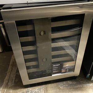 """Wine Cooler Stainless Steel 24"""" Stainless Steel 2020 for Sale in Corona, CA"""