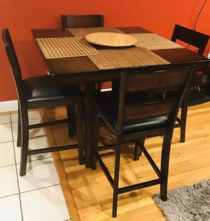 Dining Room table (Chairs included) for Sale in Washington, DC