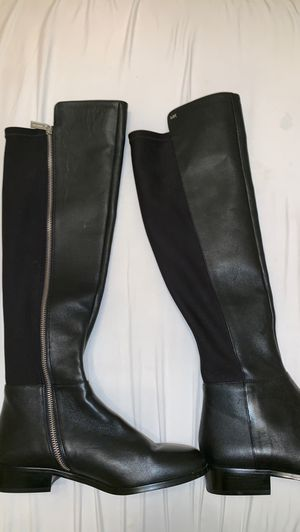 Brand new Michael Kors boots for Sale in Houston, TX