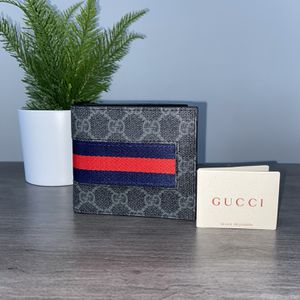 GUCCI SUPREME WEB WALLET 🐍 for Sale in La Puente, CA
