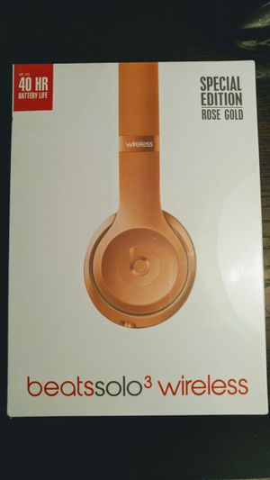 Beats Solo 3 Special Edition Rose Gold Sealed! for Sale in Tampa, FL