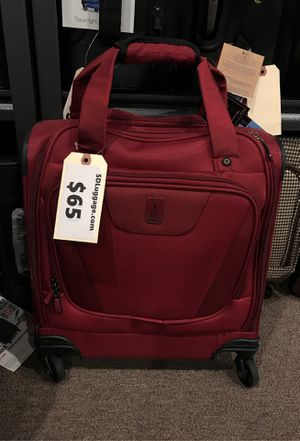 Travelpro maxlite 4 compact hoarding bag red for Sale in San Diego, CA