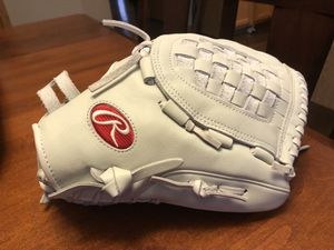 "BRAND NEW! Rawlings 12.5"" GG Elite Series Softball Glove - Right Hans for Sale in Frankfort, IL"
