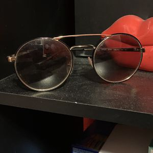 Prada Sunglasses (SPR51S) for Sale in Ontario, CA
