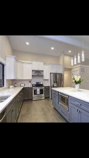 Kitchen cabinets (new) for Sale in Federal Way, WA