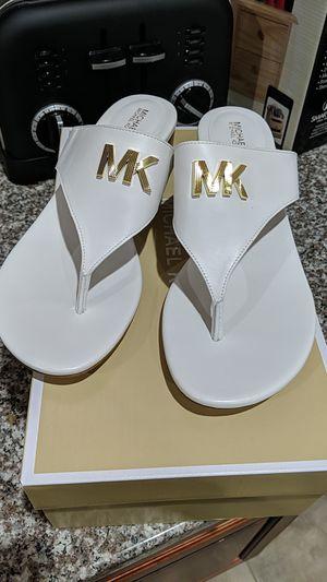 Michael Kors sandals for Sale in Parlin, NJ