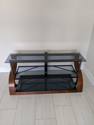 $125 FIRM - Bell'O TV Stand for Sale in Boynton Beach, FL