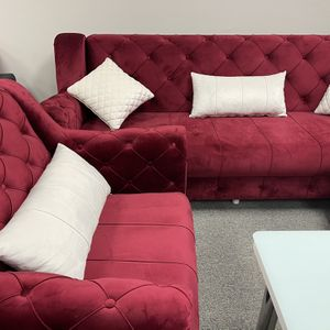 Maroon Velvet Sofa Set 3pc - Delivery Available 🚚 for Sale in Dallas, TX