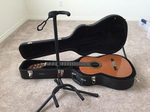 Classical guitar for Sale in San Diego, CA