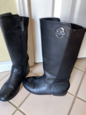 Michael kors black Leather y'all boots women's sz 5 for Sale in Grand Prairie, TX