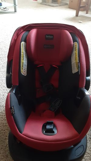 Car seat for baby is new for Sale in Silver Spring, MD