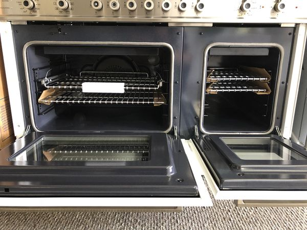 """Bertazzoni 48"""" Dual fuel range. New with warranty. Cheaper than retail. White and stainless."""