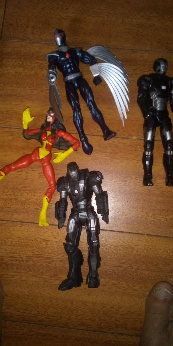 MARVEL LEGEND DC MULTIVERSE 6 INCH FIGURES 7.00 EACH OR TRADE FOR A TION FIGS BAF ARE 40.00 EACH