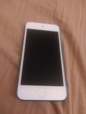 iPod touch 6th gen (Does Not Charge) for Sale in Germantown, MD