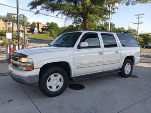 2005 CHEVY SUBURBAN EXCELLENT 169K MILES DAILY DRIVER NO ISSUES AT ALL for Sale in District Heights, MD
