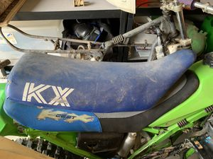 1986 Kawasaki KX 125 seat for Sale in Maple Valley, WA