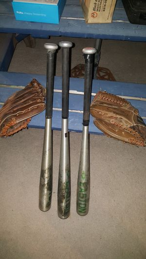 Baseballs bat and gloves for Sale in Phoenix, AZ