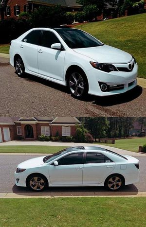 2012 Camry SE Price 12OO$ for Sale in San Diego, CA