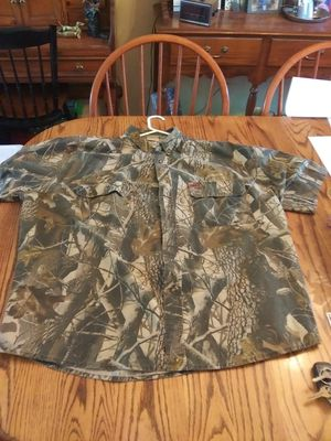 Woolrich Short Sleeve Camo Shirt - 2XL - $5.00 for Sale in St. Louis, MO