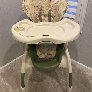 High Chair - Winnie the Pooh highchair for Sale in Dublin, CA