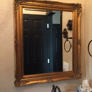 Antique Gold Frame Mirror for Sale in Pismo Beach, CA