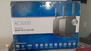 WIFI ROUTER,LINKSYS AC3200 for Sale in Port Richey, FL