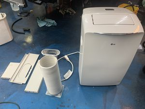 LG 14000 btu portable ac unit 115v for Sale in Florence, AZ