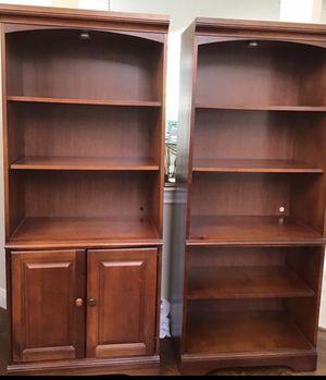 Basset Book Shelves for Sale in VLG O THE HLS, TX