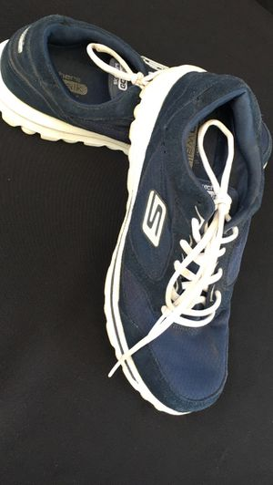 Women's Skechers Go Walk Size 9. Color Navy Blue for Sale in South Gate, CA