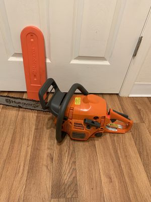 "Husqvarna 16"" chainsaw. Excellent working condition. $200 firm for Sale in Bellevue, WA"