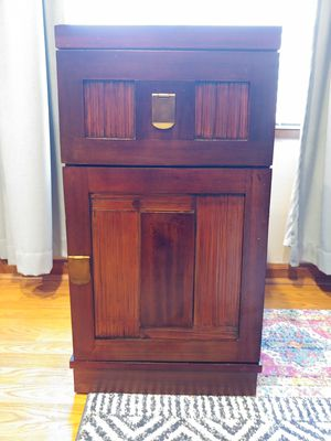 Pier 1 side table/nightstand for Sale in Denver, CO