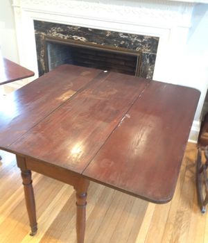 Small antique drop leaf table for Sale in Cleveland, OH