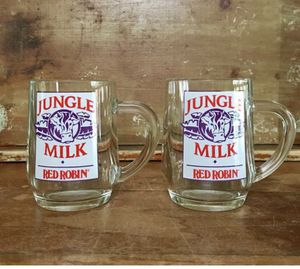 American vintage set of two Jungle Milk collectibles.. glass mugs for Sale in Everett, WA