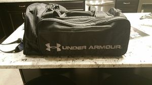 Under Armour duffle bag for Sale in Riverview, FL