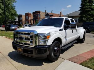 2013 Ford f 350 diesel motor 6,7 2wd for Sale in Chicago, IL