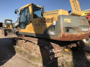 Volvo EC210BLC excavator for part or it can be fix complete machine for Sale in Miami, FL