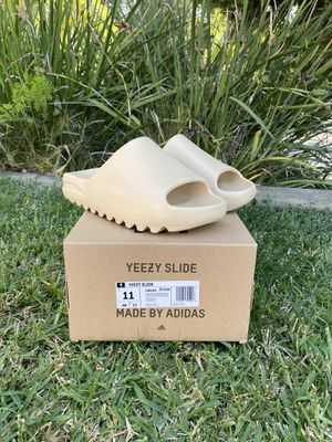Yeezy Slide Desert Sand size 11 OG All for Sale in Los Angeles, CA