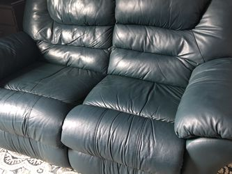 Leather Reclining Love Seat for Sale in Smyrna,  TN