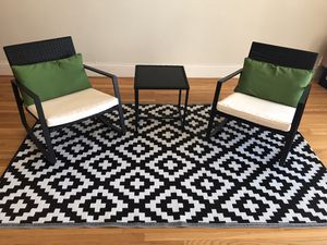Outdoor Patio Set with Rug (Rocking Chairs) for Sale in San Francisco, CA