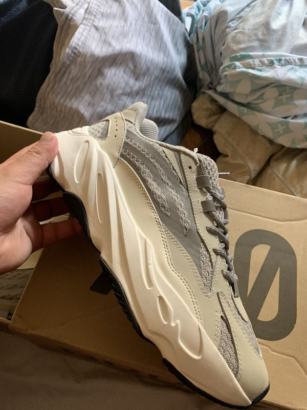 Yeezys size 10 pick up only