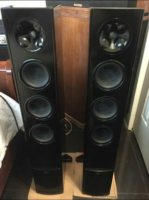 Extremely nice Klipsch WF-35 speakers for Sale in Yorktown, VA