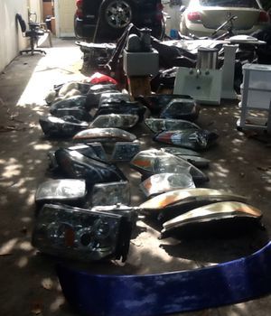 30 headlights wholesale price $450 for all of them for Sale in Coral Gables, FL
