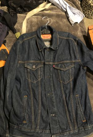 Levis jean jacket size large for Sale in Long Beach, CA