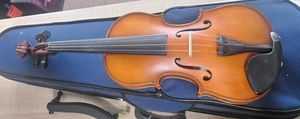 Gottano 4/4 Full Size Violin With Shoulder Rest for Sale in Marietta, GA