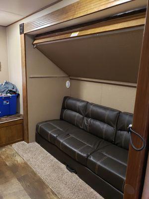 2017 crossroad zinger travel trailer for Sale in Southgate, MI