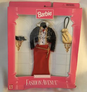 Vtg 1997 Mattel Barbie Internationale Fashion Avenue for Sale in Langhorne, PA