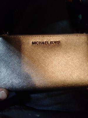 Michael Kors wallet silver $198 for Sale in Portland, OR