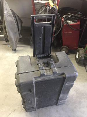 Large skb fishing reel case on wheels for Sale in Hemet, CA